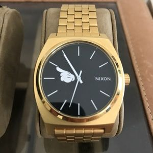 Nixon Time Teller Mens Watch- Disney Collab - Gold
